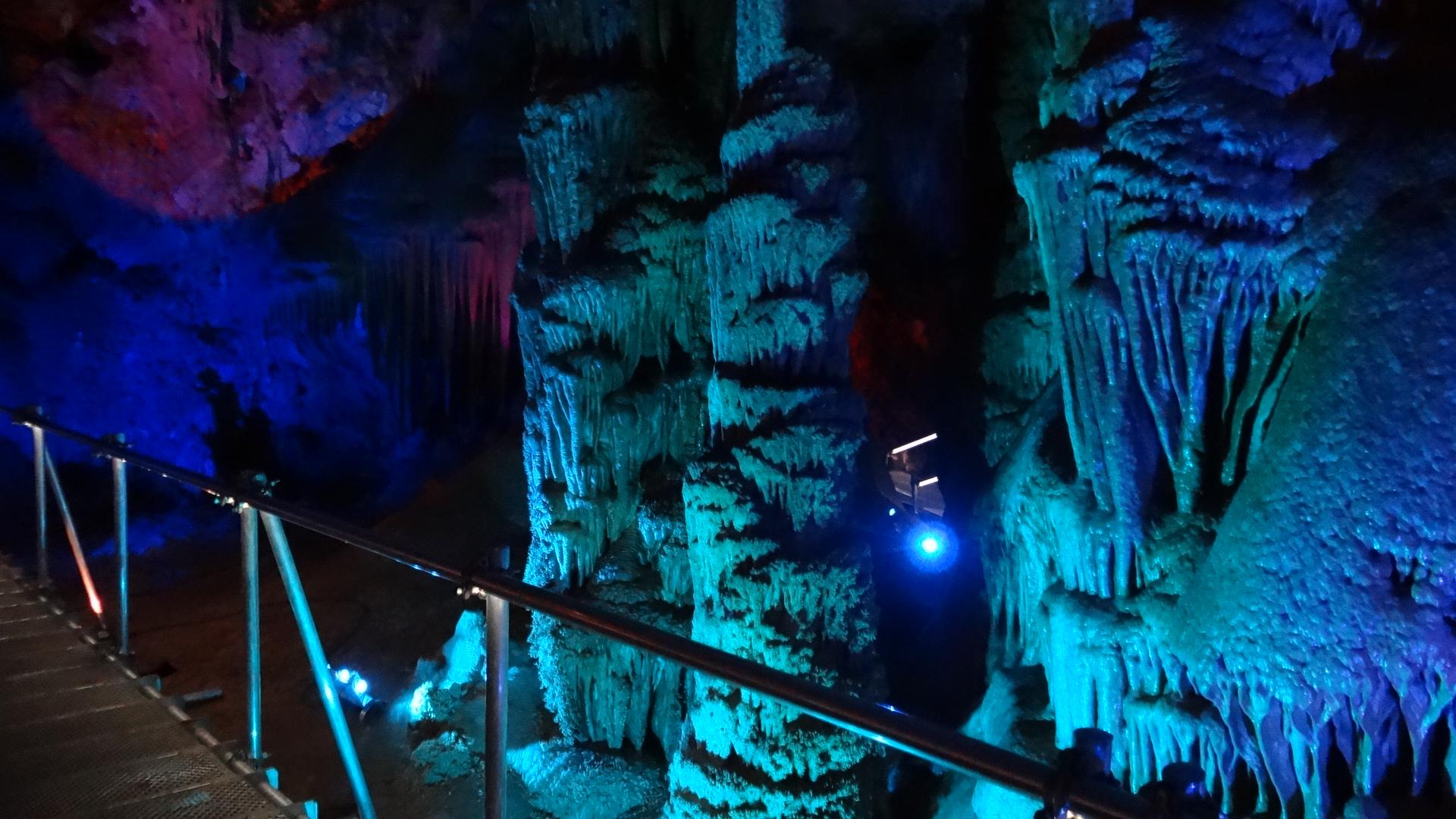 Осветление Пещера Венеца